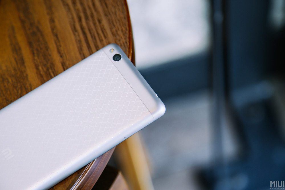 xiaomi-redmi-3-hands-on-fotky (12)