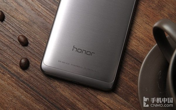 honor-5c-025
