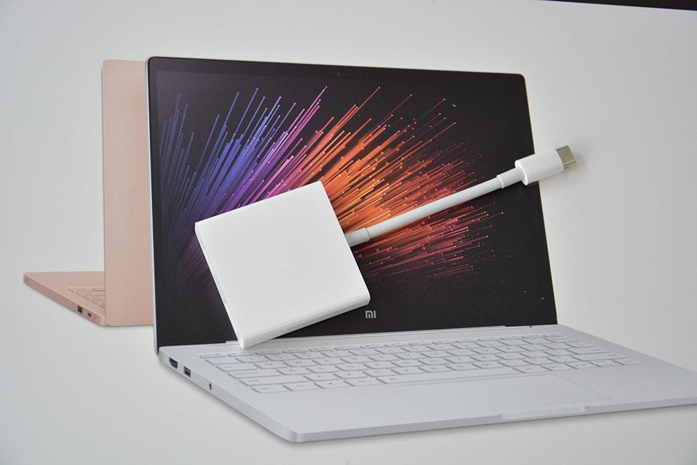 xiaomi-mi-notebook-air-unboxing-fotky (1)
