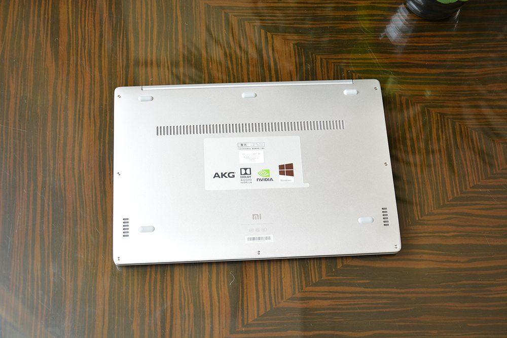 xiaomi-mi-notebook-air-unboxing-fotky (18)