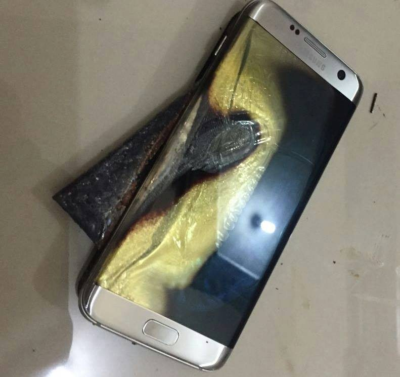 Samsung-Galaxy-S7-edge-catches-on-fire_02