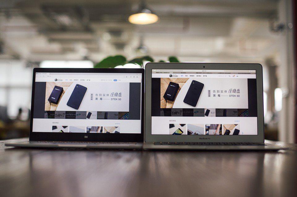 mi-notebook-vs-macbook-air-suboj-foto(7)