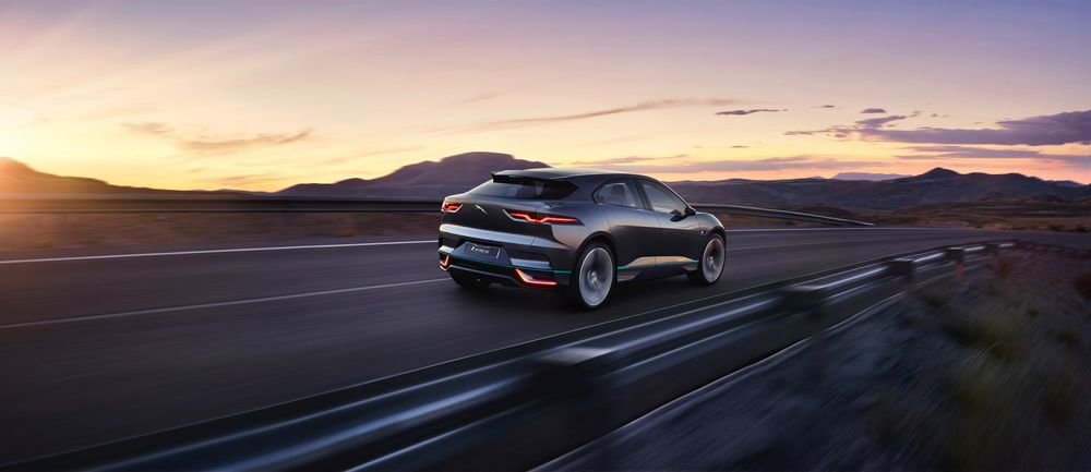 jaguar_i-pace_concept_location_16sm-0