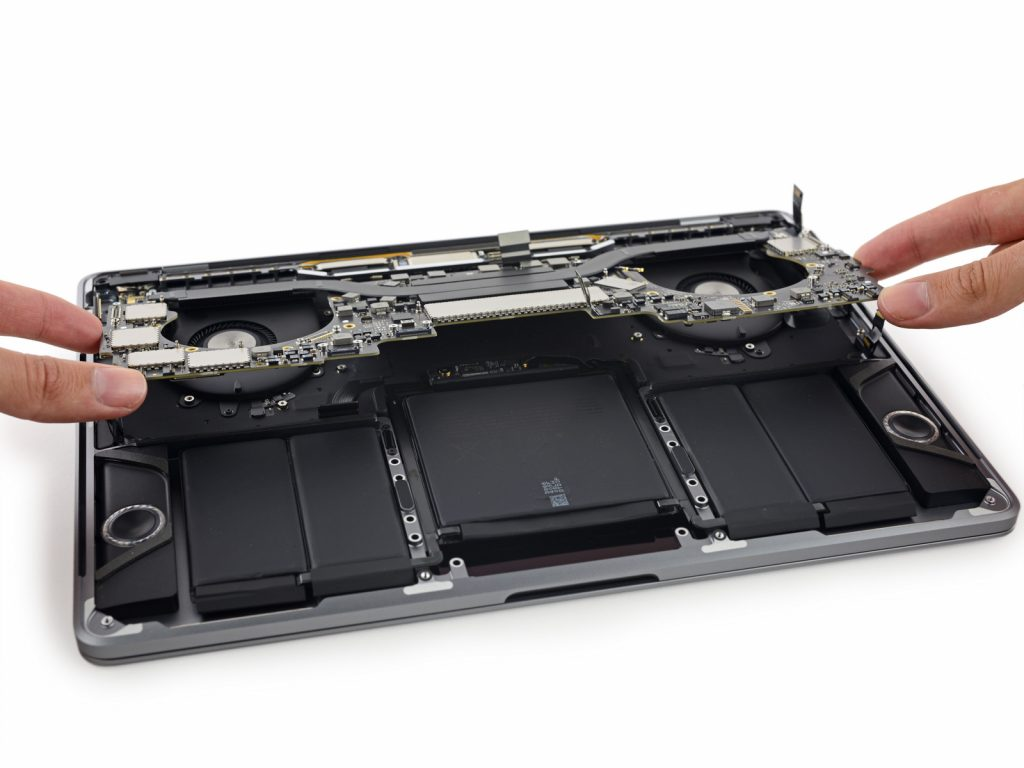 macbook-13-pro-touchbar-teardown1