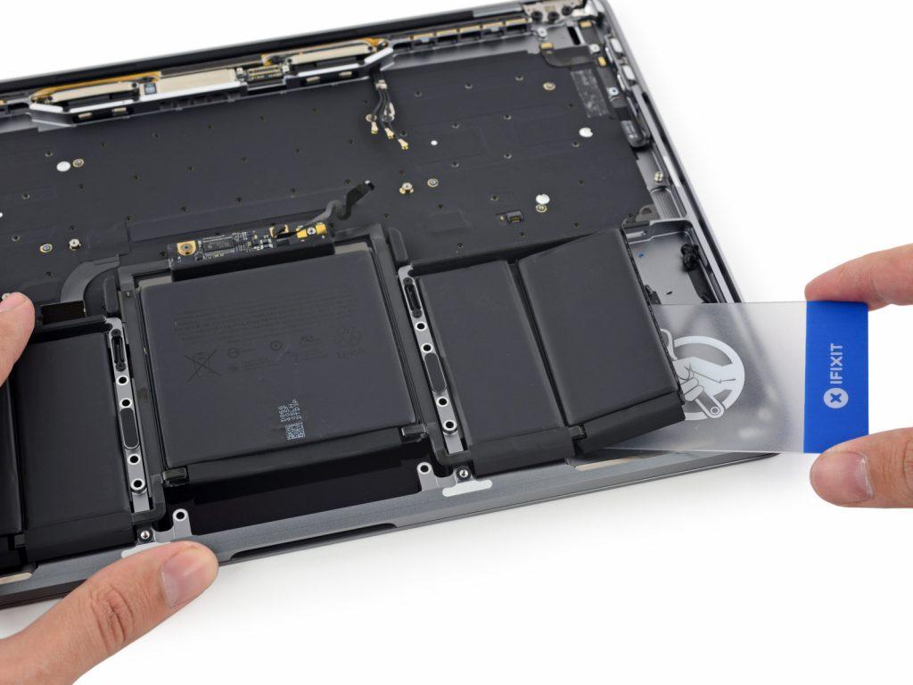 macbook-13-pro-touchbar-teardown2