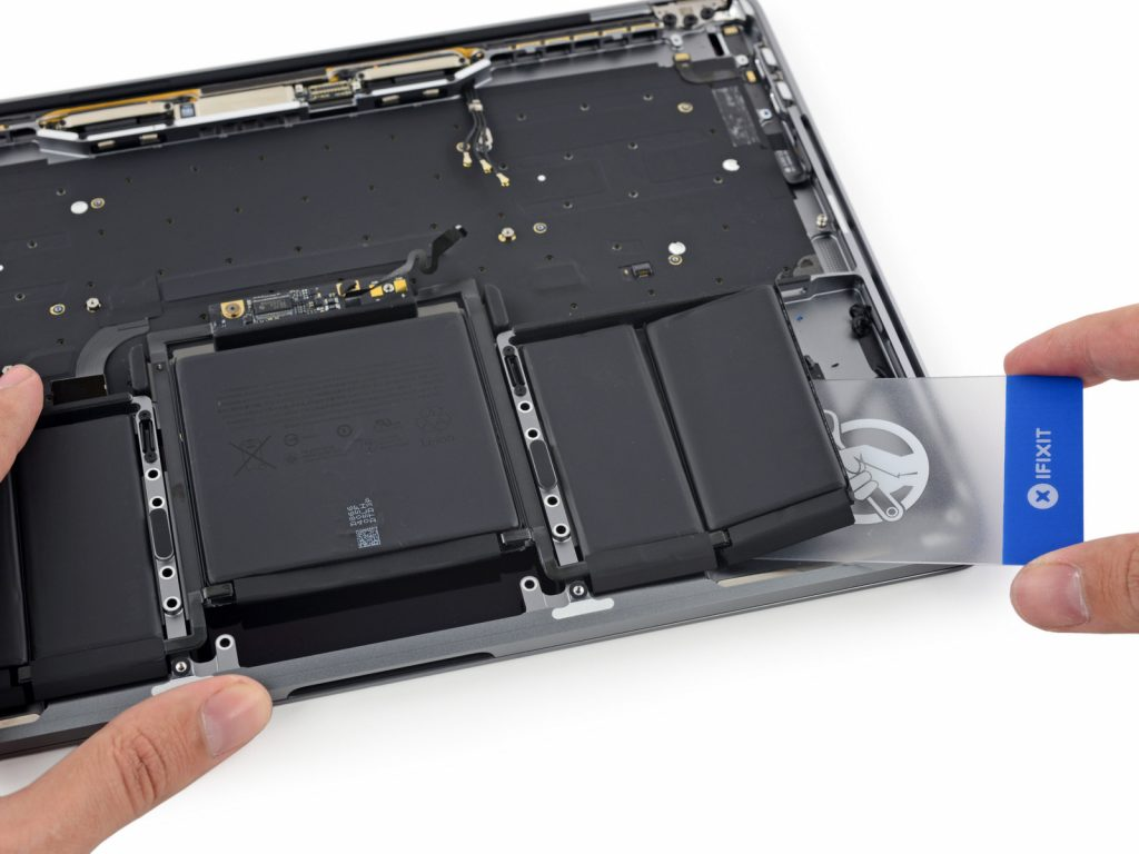 macbook-13-pro-touchbar-teardown2