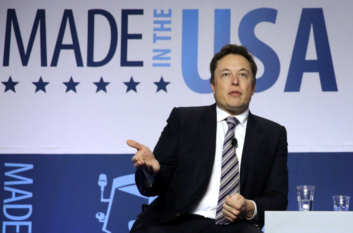 musk-also-plans-to-include-a-tesla-suv-semi-truck-and-mini-bus-in-its-future-line-up