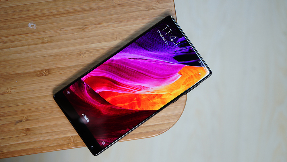 xiaomi-mi-mix-vypredany-do-10s