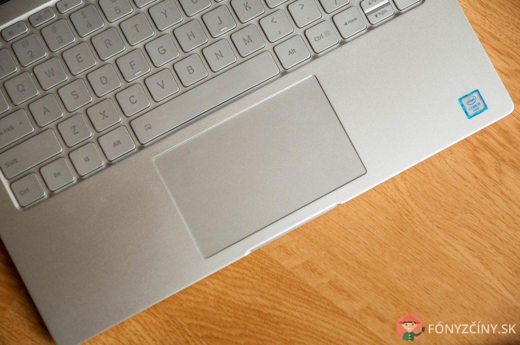 xiaomi-mi-notebook-air-recenzia-1-5