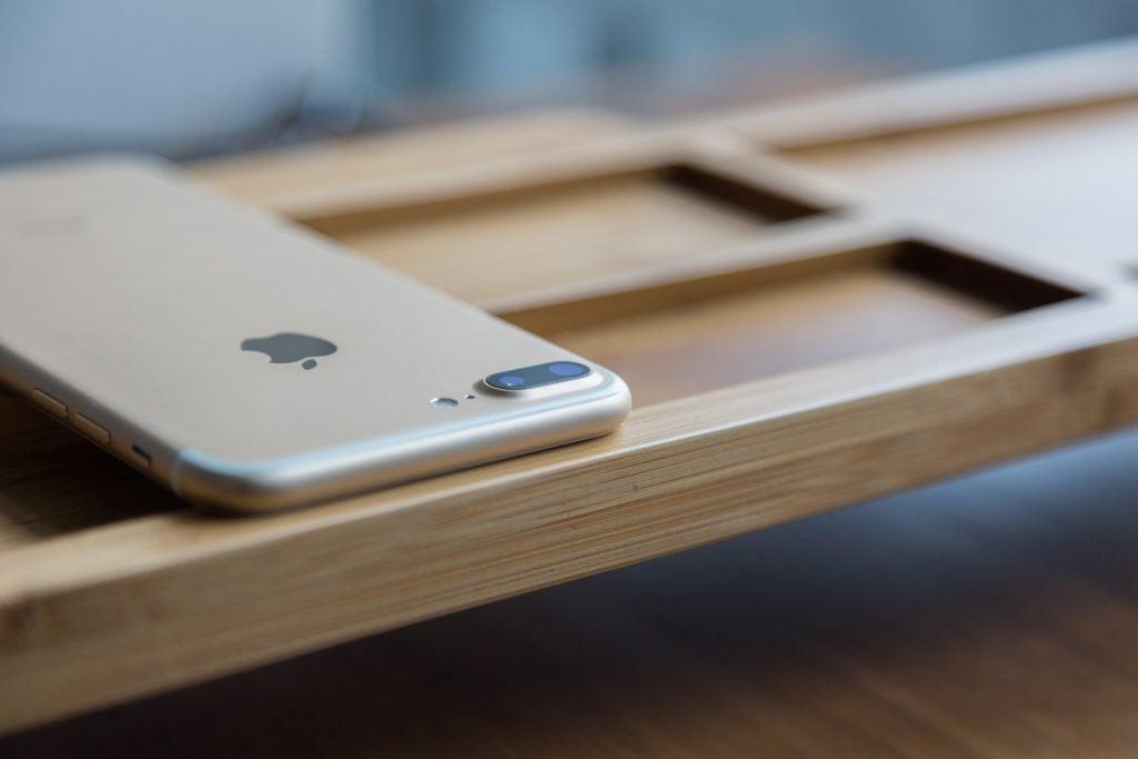 iphone-7-plus-zlata-farba
