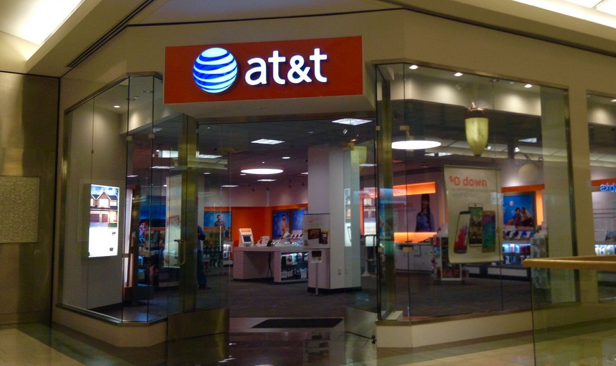 that-2g-connection-was-extra-painful-because-att-was-the-only-carrier-option-available-and-att-had-its-problems-like-dropped-calls