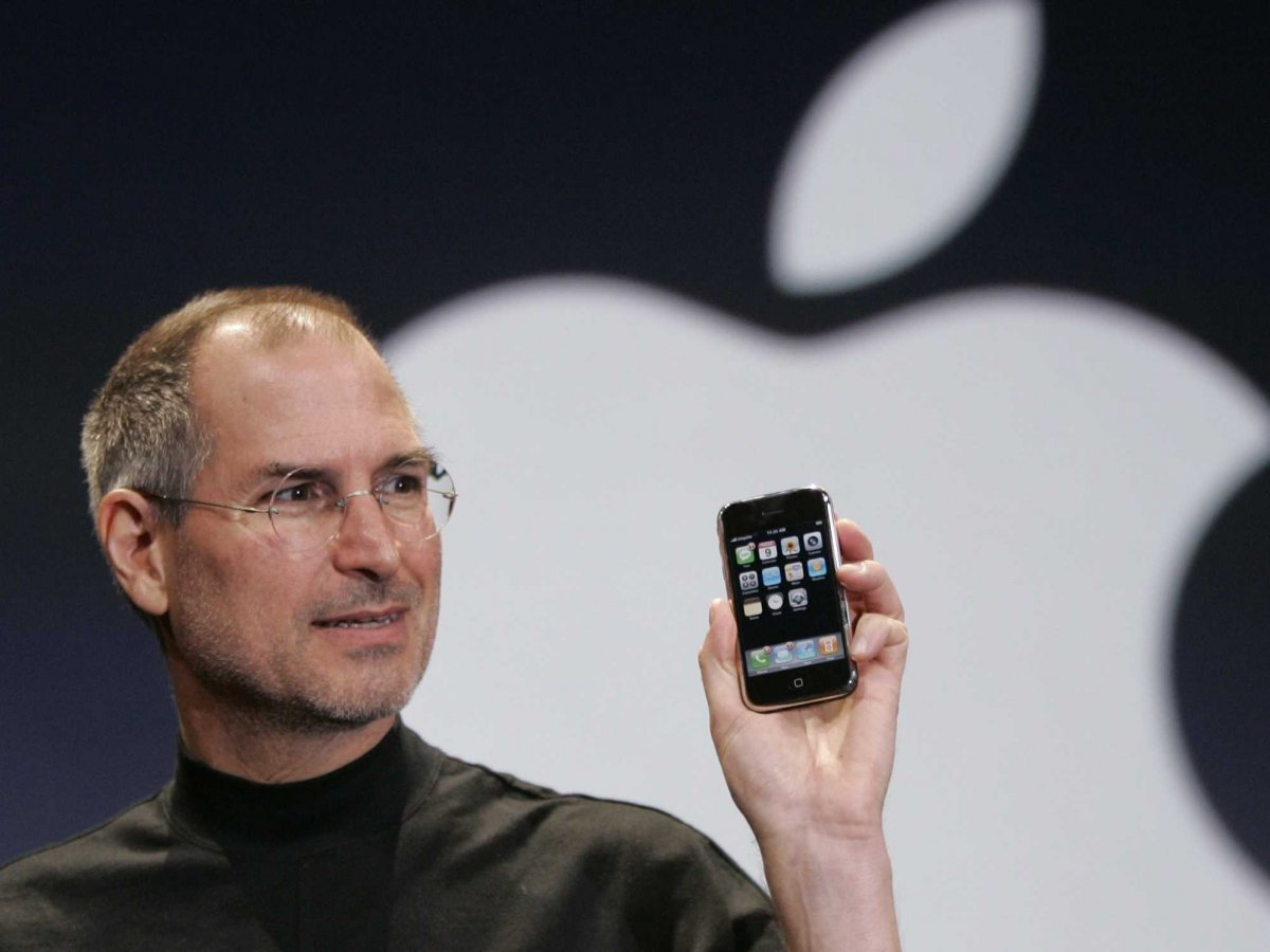 that-said-its-fun-to-look-back-and-see-how-many-now-common-features-were-missing-from-the-original-iphone
