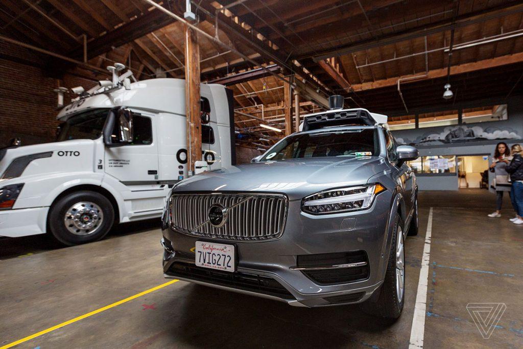 uber-autonomne-auto-foto-predna-cast