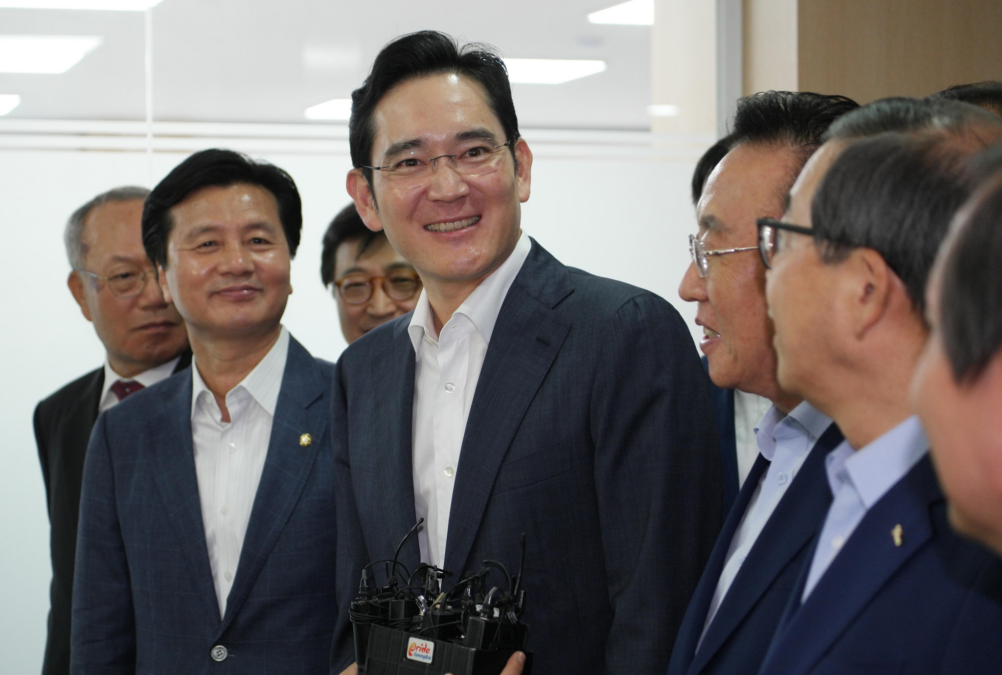 Lee Jae-yong and Kim Kwan-yong