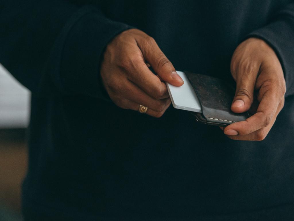 light phone wallet