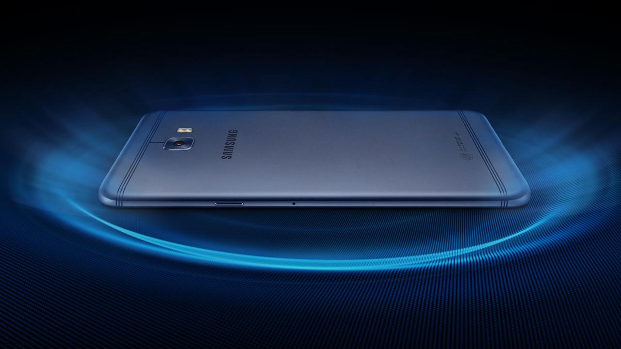b10597696 Nový Samsung Galaxy C7 Pro má vodné chladenie, 4 GB RAM aj Snapdragon 626.  V Číne stojí 385 €