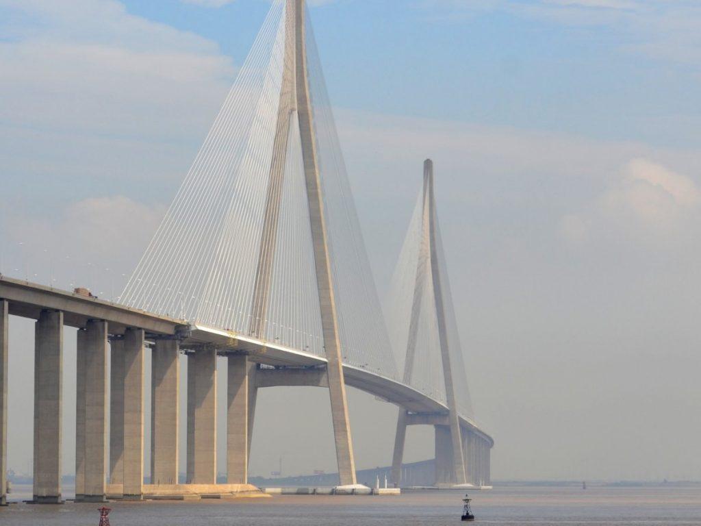 The Su-Tong Yangtze River Bridge