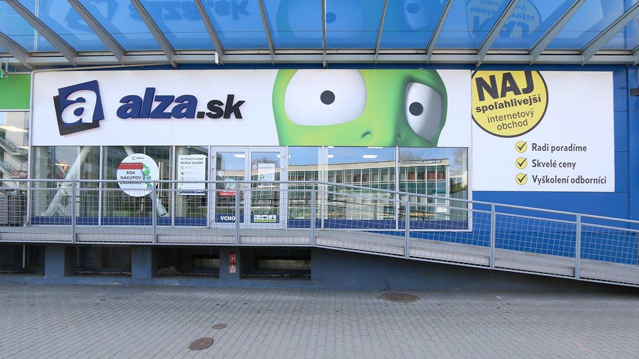 Alza.sk zavádzala zákazníkov klamlivou reklamou
