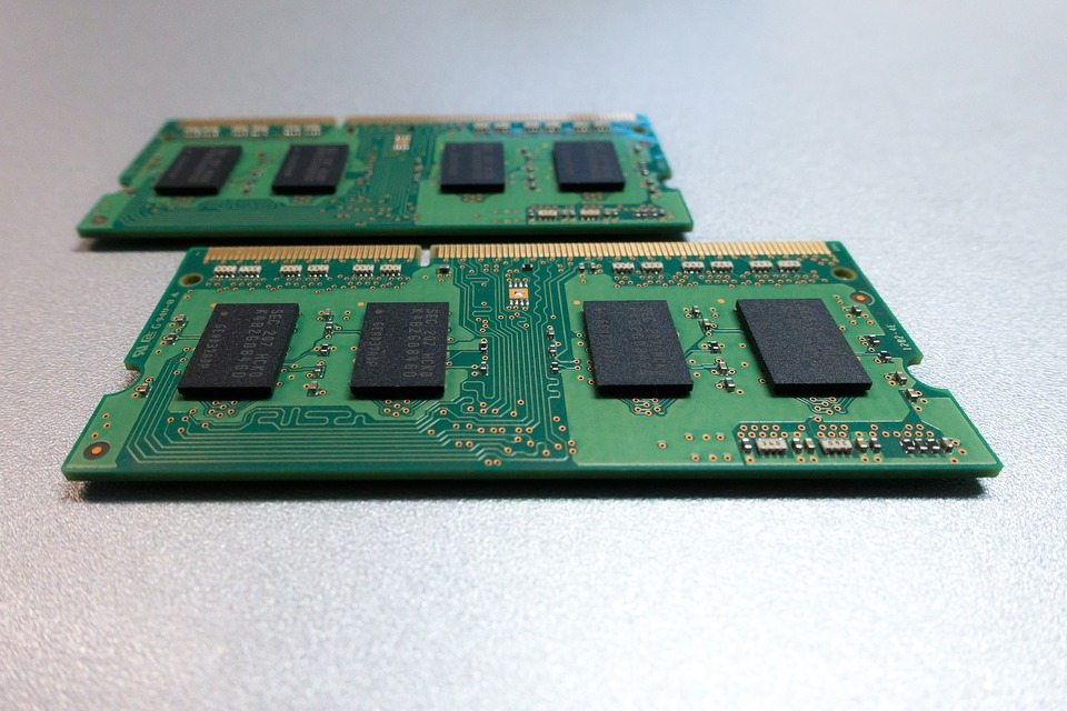 počítačová pamäť