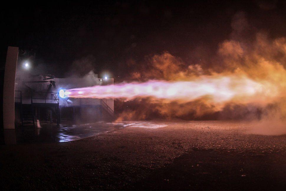 raptor motor SpaceX.jpg