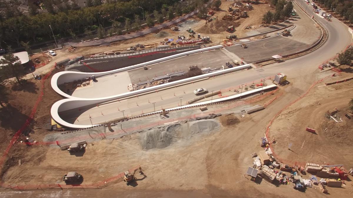 podzemné tunely Apple Campus