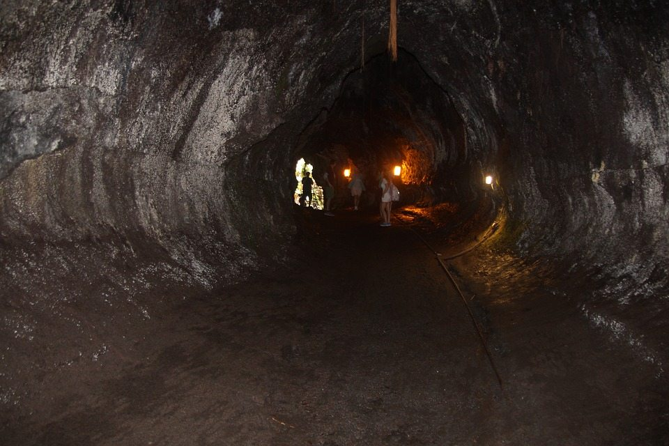 tunel na mesiaci