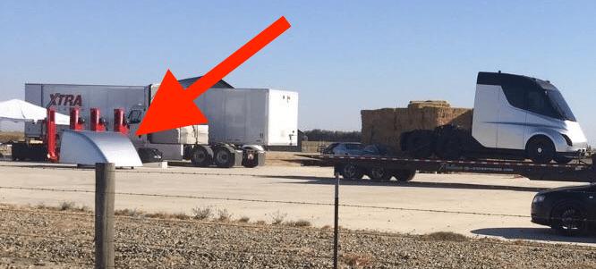 Nákladiak Tesla, uniknutá fotografia, aerodynamický kryt