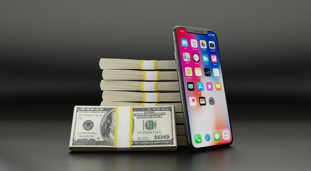 predstavenie nových iPhonov