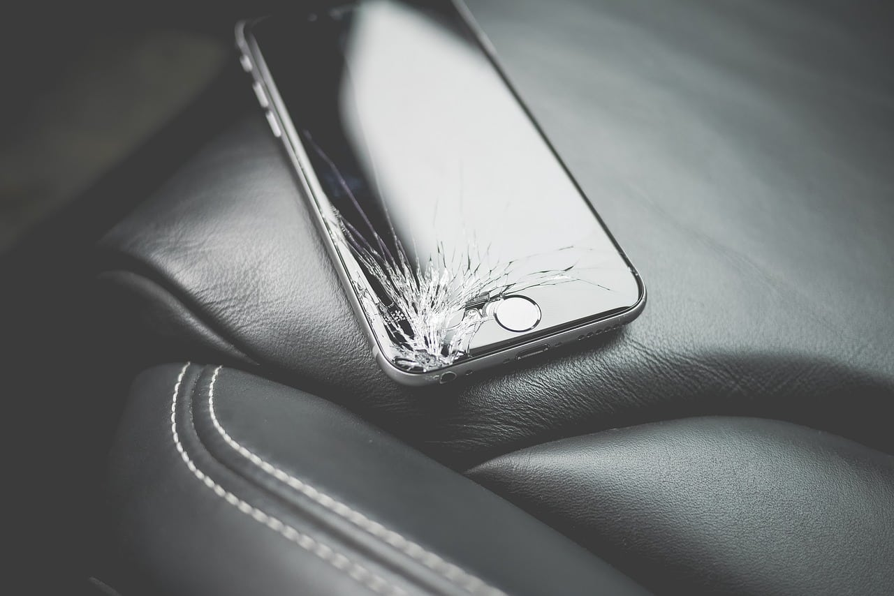 cena opravy iPhone Xs