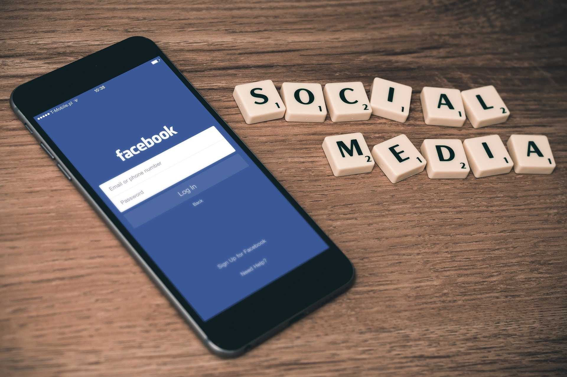 Facebook vytvoril nástroj na rozoznávanie textu z obrázkov.