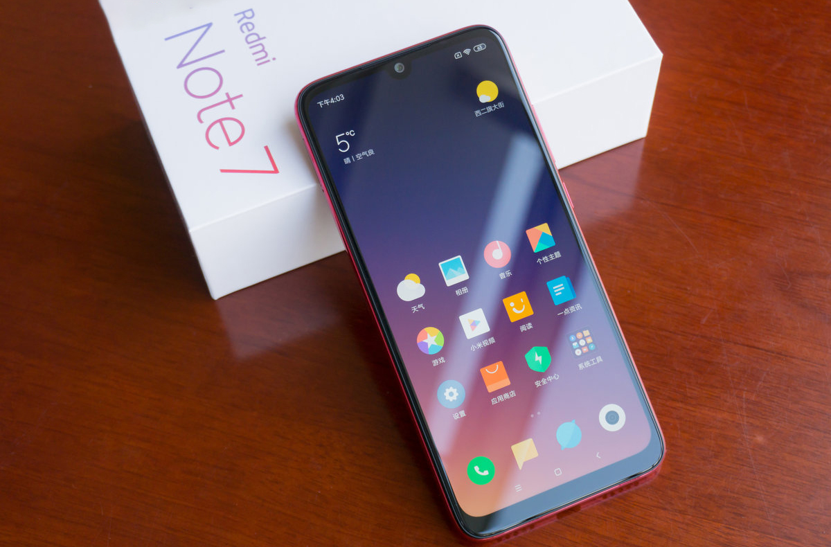Totálna cenová apokalypsa: Najlepší lacný Xiaomi smartfón vo všetkých verziách je extrémne lacný