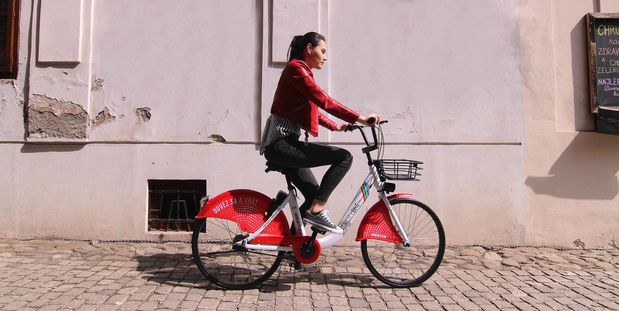 Najväčší bikesharing na Slovensku je blízko spustenia. Začala sa testovacia prevádzka