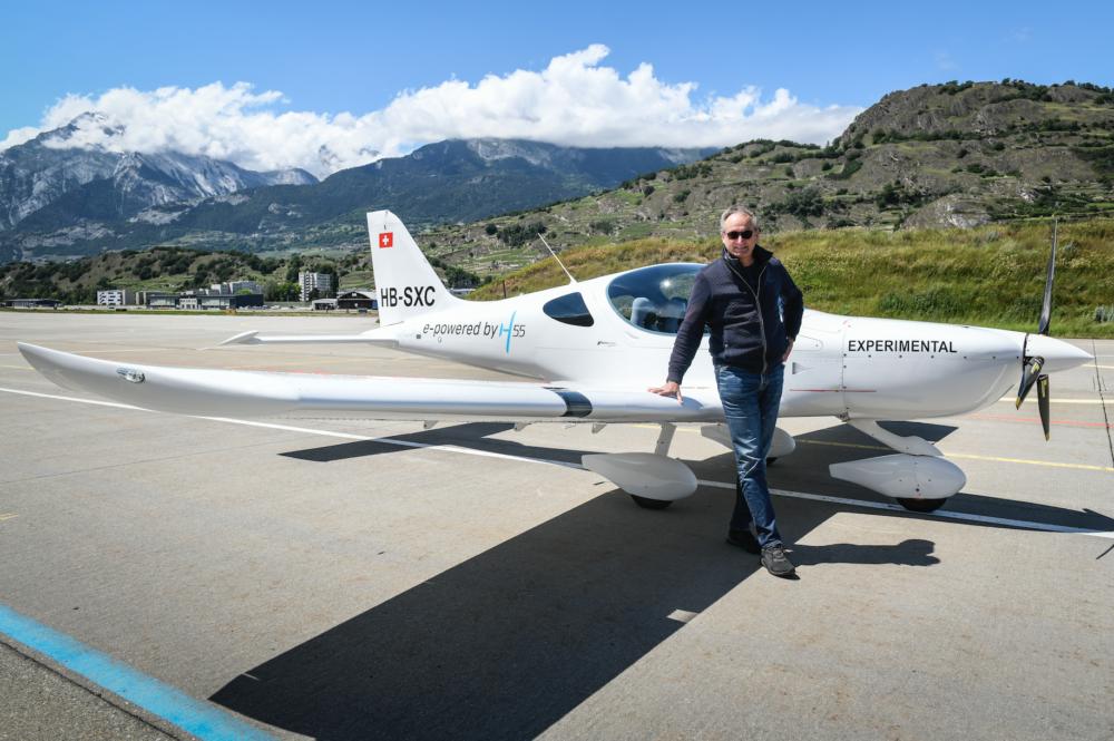 Elektrické lietadlo zo Švajčiarska má za sebou úspešný let. Hodina letu je extrémne lacná