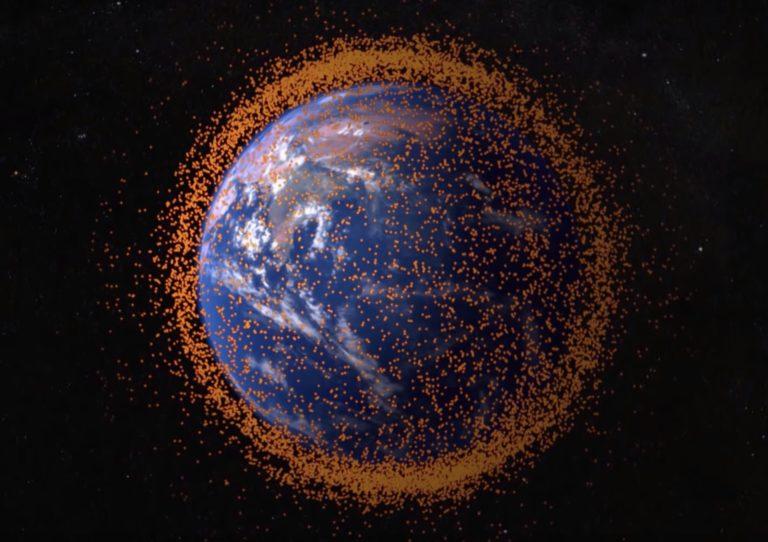 Môže chrumka vo vesmíre zničiť ISS? Na internete sa rozpútala bizarná diskusia, vyjadril sa aj odborník