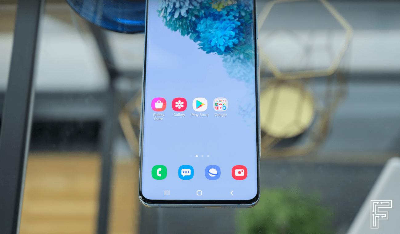 Samsung Galaxy S20 (zdroj: Dávid Igaz / fontech.sk)