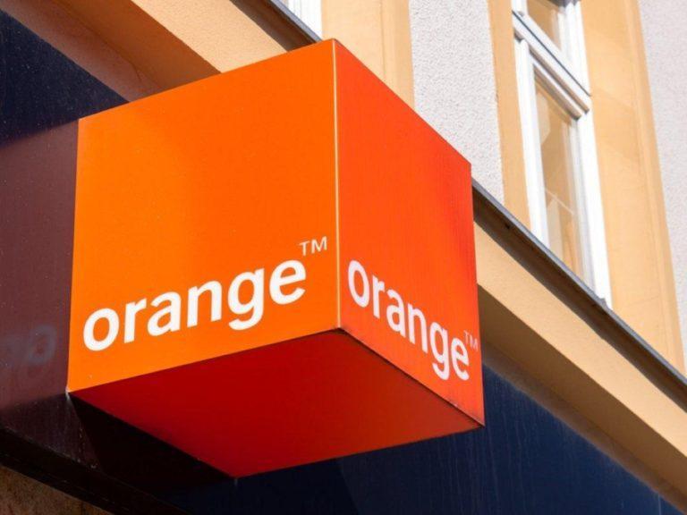 Orange stratil ďalších klientov mobilných služieb. Iným službám sa ale významne darilo, zvýšili sa aj zárobky