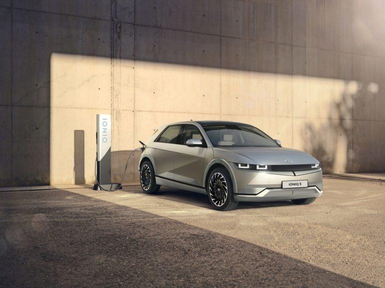 Takto vyzerá extrémne rýchle nabíjanie nového Hyundai Ioniq 5 v praxi