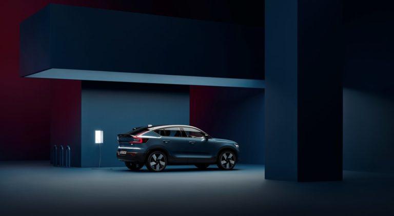 Volvo prichádza s novým elektrickým crossoverom C40 Recharge. Vlastnosti