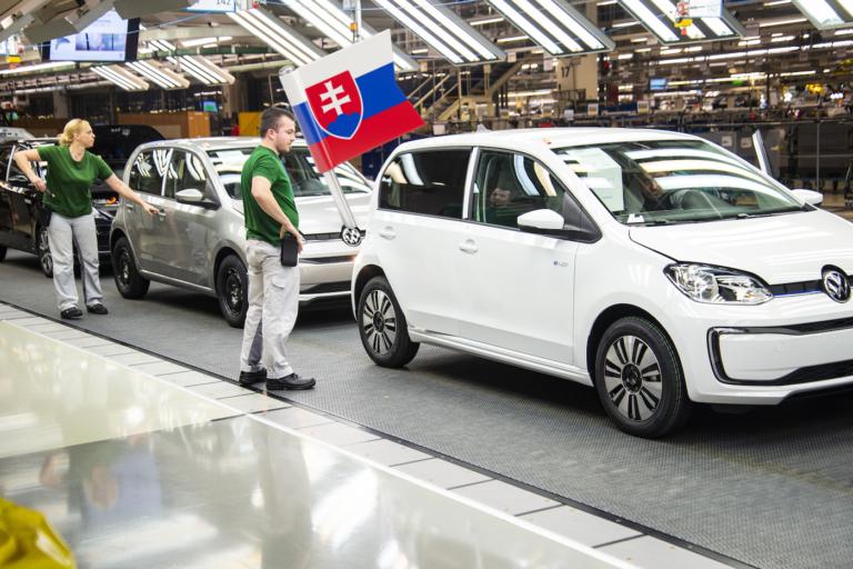 Slovensko je špičkou v Európe, súperíme s najväčšimi veľmocami v počte vyrobených elektromobilov