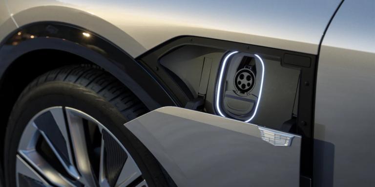 Elektromobilite sa poddá aj ikona amerického automobilizmu. So spaľovákmi skončí do niekoľkých rokov