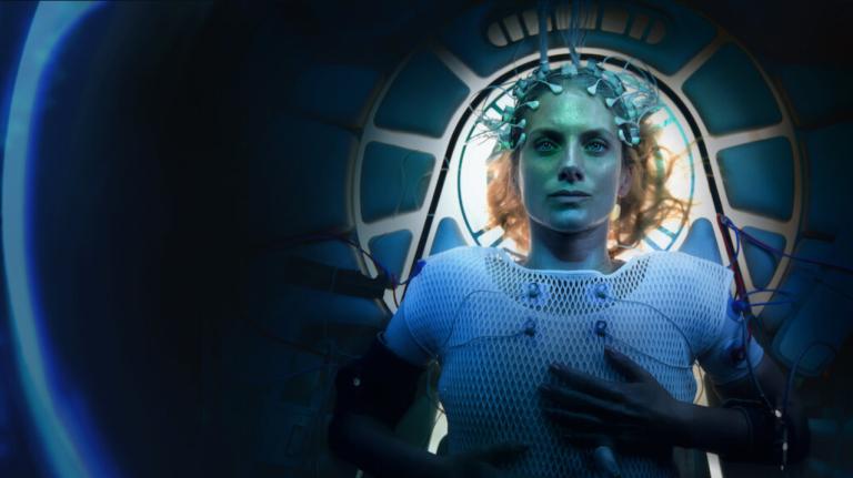 RECENZIA: Netflix vytiahol geniálne sci-fi z rukáva. Pri Oxygen nestrhneš oči z obrazovky