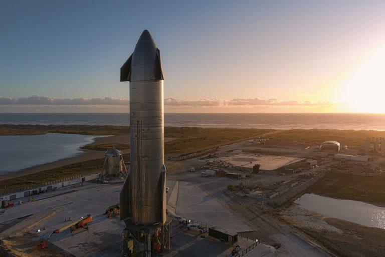 Elon Musk hlási: Už máme prvý Starship, ktorý poletí dvakrát, prototyp sotva pristál