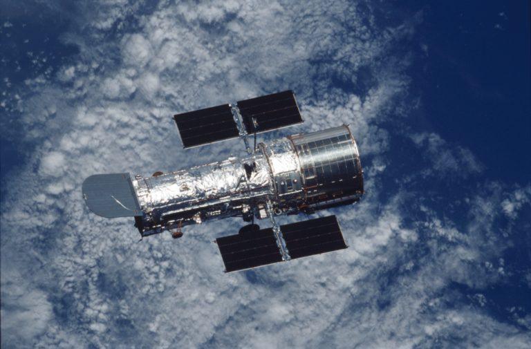 NASA si nevie rady. Porucha Hubblovho teleskopu je omnoho vážnejšia ako sa zdalo
